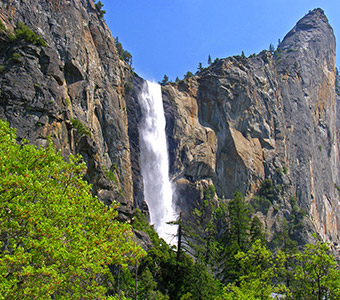 Bridalveil Fall Discover Yosemite National Park