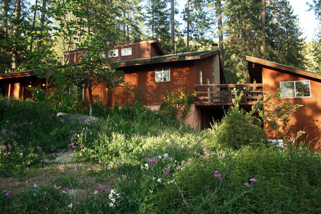 Get 50% off a third night at Sunny Pines Cottage