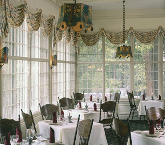 Big Trees Lodge Dining Room Discover Yosemite National Park