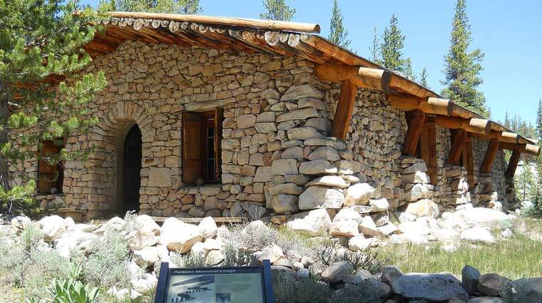 Soda Springs and Parsons Lodge