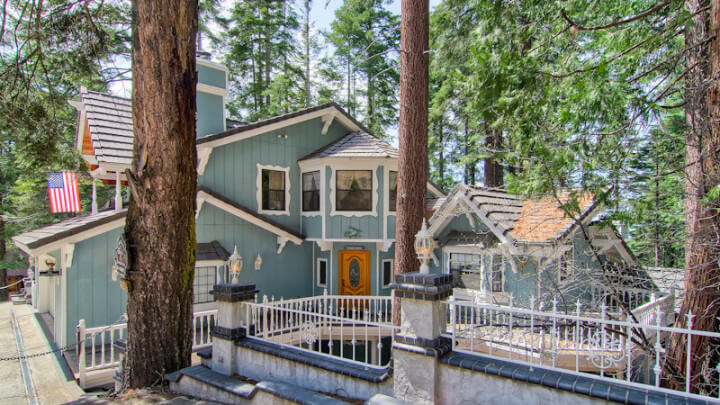 20% Off at Yosemite's Scenic Wonders Vacation Rentals - Offer Ends 3/31/21