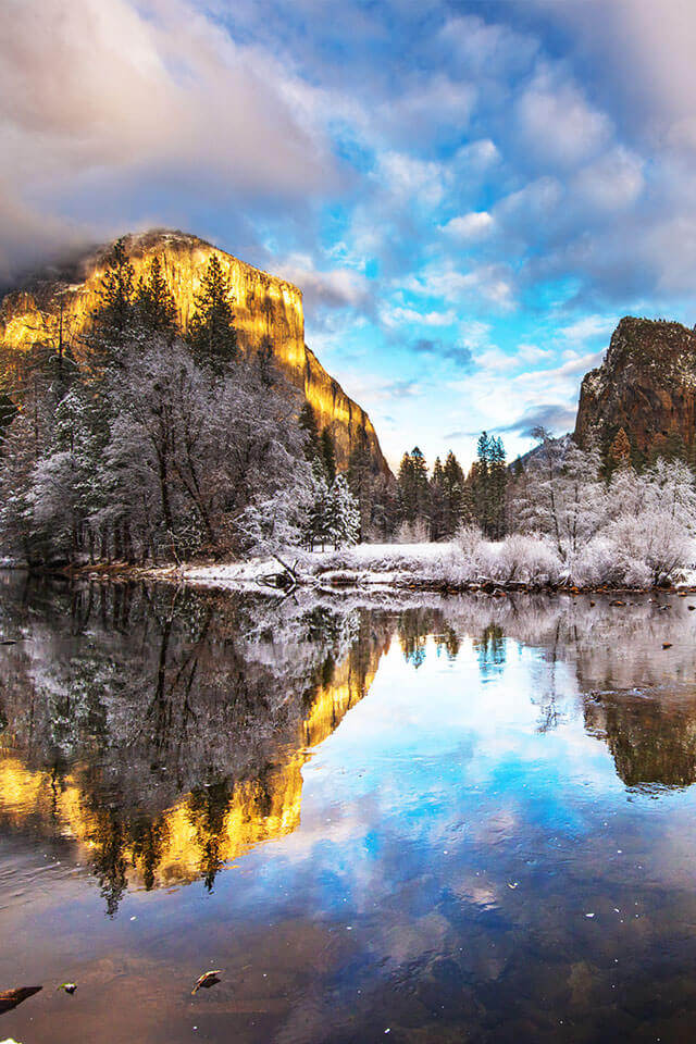 Yosemite National Park Remains Open while Government Shuts Down