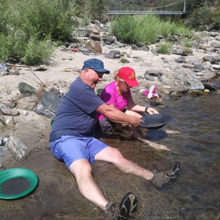 Gold Panning Locations | Panning for Gold Near Yosemite