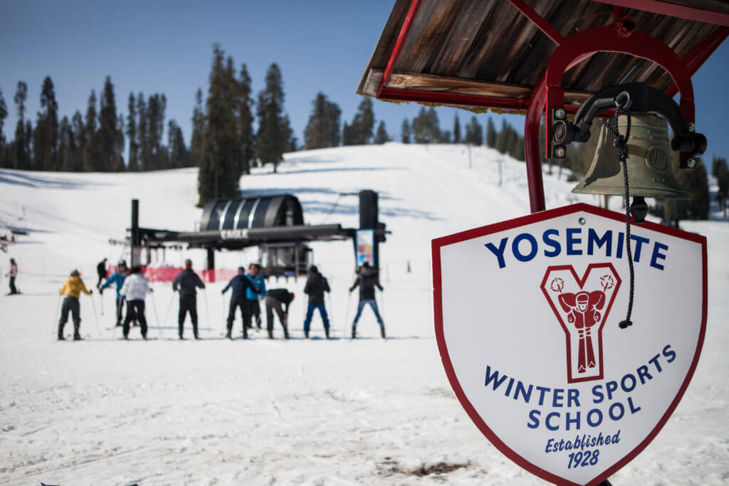 ski lessons in yosemite