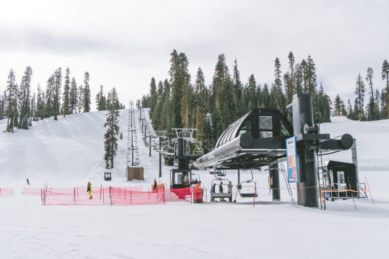 Laid-back Winter Fun at Yosemite Ski and Snowboard Area