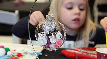 Holiday Ornament Decorating Workshop