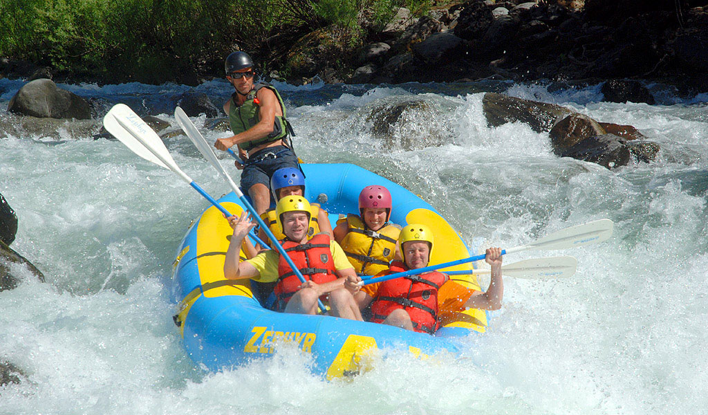rafting yosemite's merced river with a guide