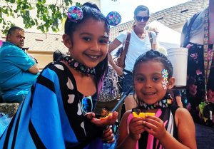 two girls dressed as butterflies for the Mariposa Butterfly Festival